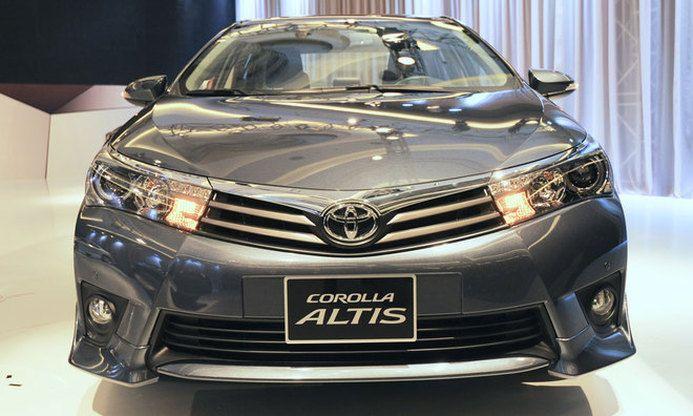 Gia Xe Toyota Altis 2015 Dau Xe
