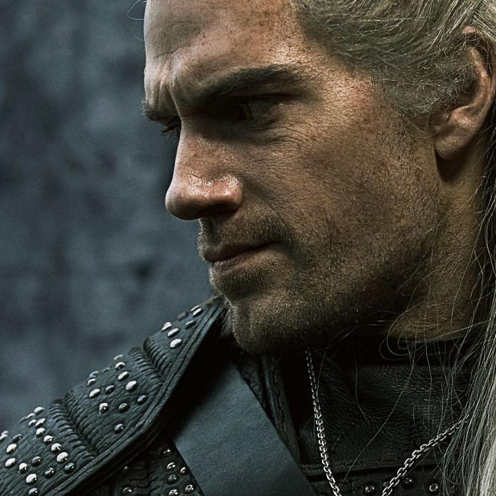 The Witcher Erstes Bild Von Plotze In Der Netflix Serie Das Pferd Von Geralt Bild In Originalgrosse 1 The Witcher Netflix Serien Netflix