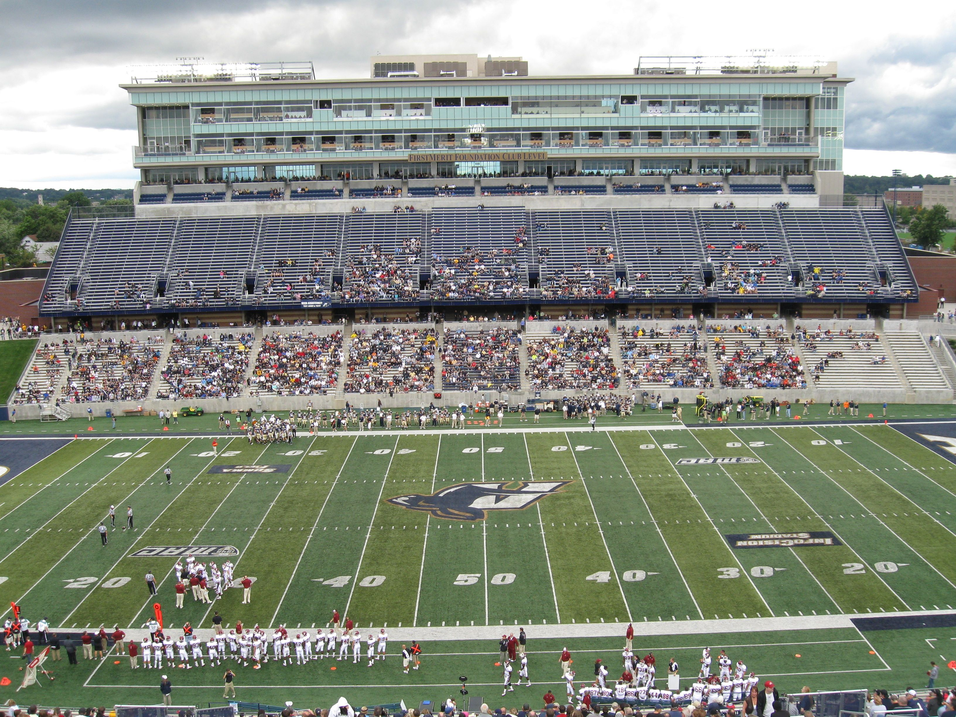 Akron Football Stadium Google Search Akron Zips University Of Akron Akron