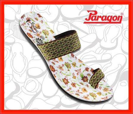 Live it up with this pair of Paragon Solea slippers!