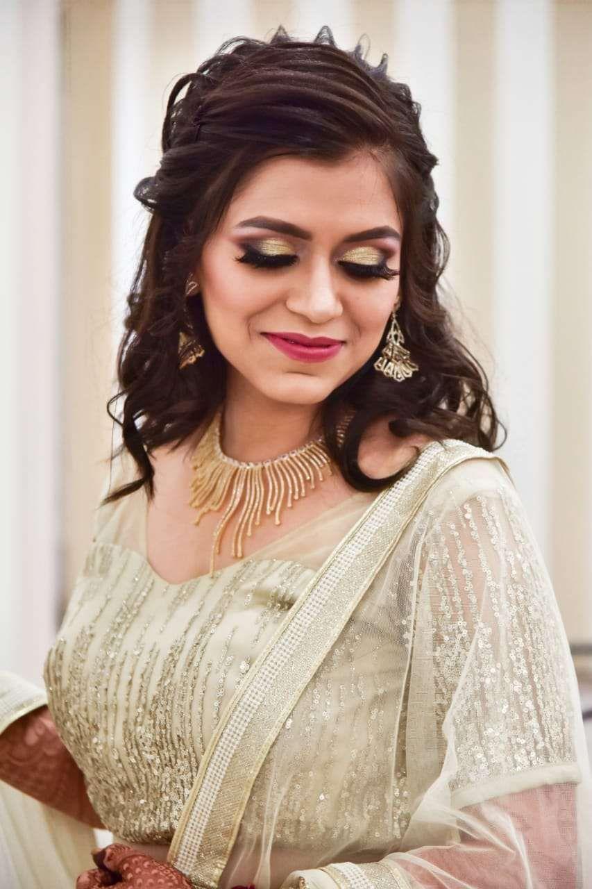 Roseate Salon | Photos, Reviews, Contact Info  #weddingtrends #weddingphotography #indianweddings #bride #indianbrides #wedding #floraljewellery #bestbride #bestwedding #photography #couplegoals #weddingdiaries #mehndi #sistersquad #weddingwear #lehenga