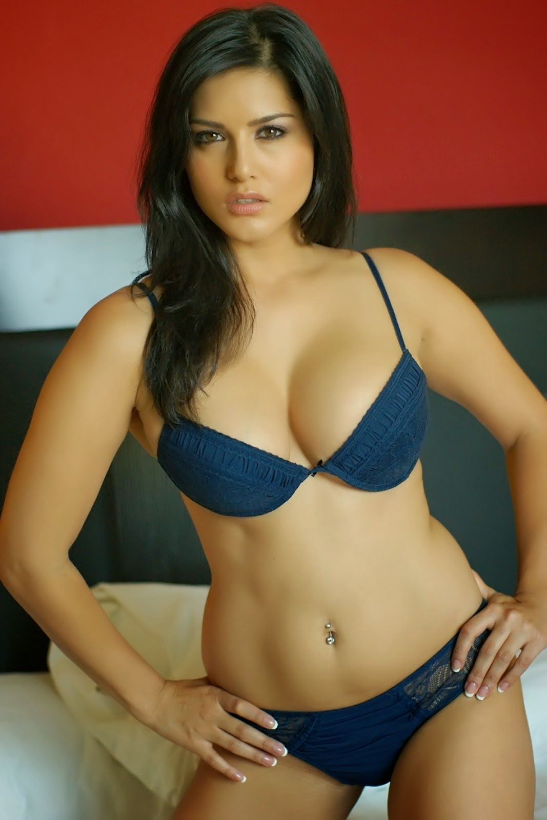 Pin On Sunny Leone Cute And Hot Pictures