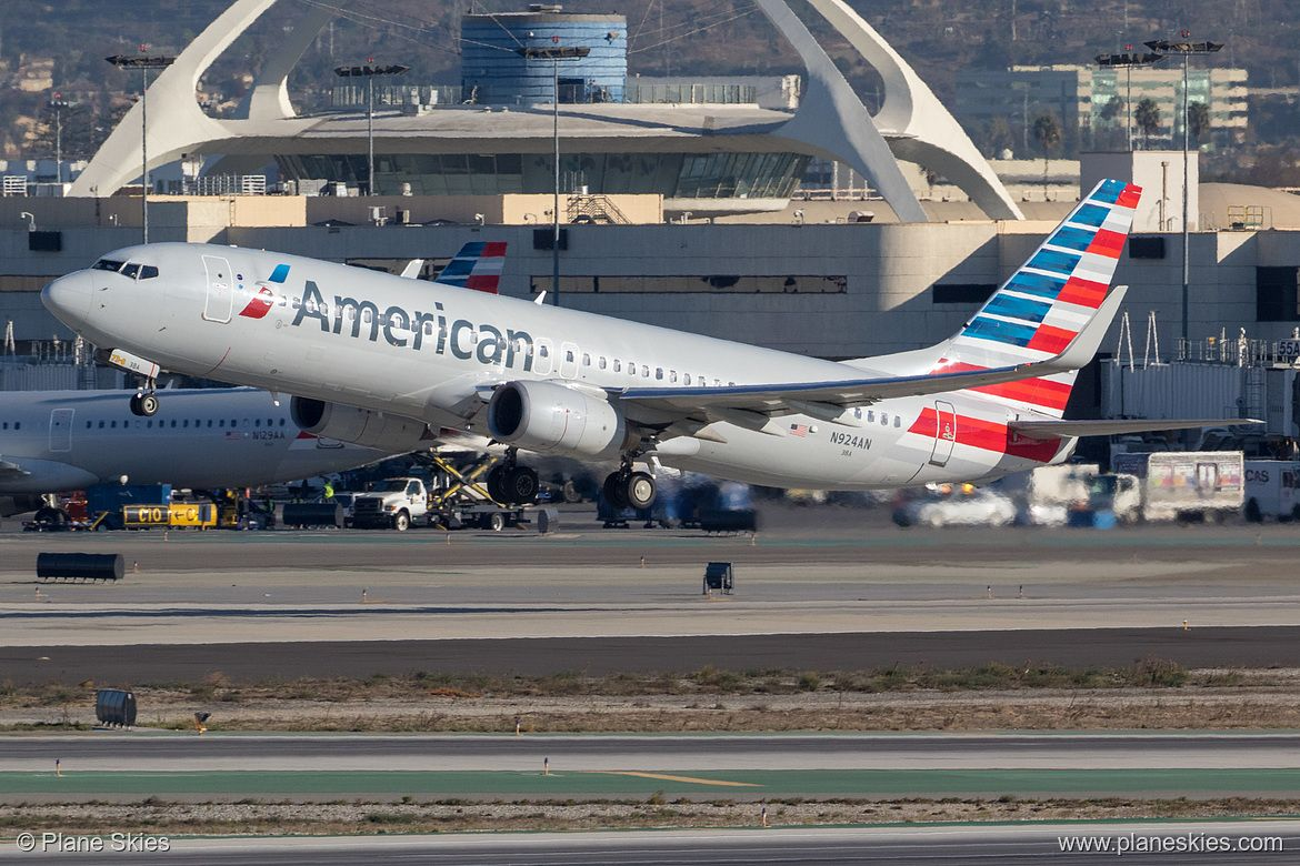 American Airlines Fleet Boeing 737800 Details and Pictures