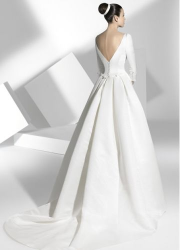 Simple Style Nice Satin A-line 3/4 Sleeves Chapel Train Wedding ...