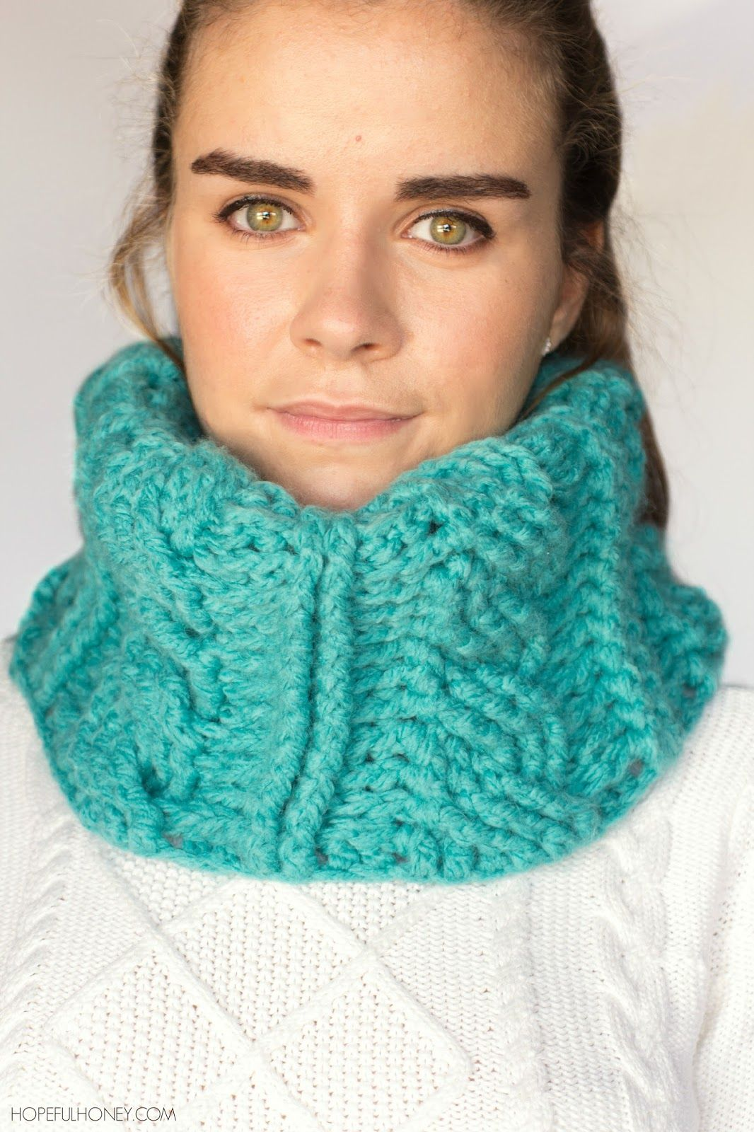 Chunky cabled cowl crochet pattern free crochet crochet and chunky cabled cowl crochet pattern bankloansurffo Choice Image
