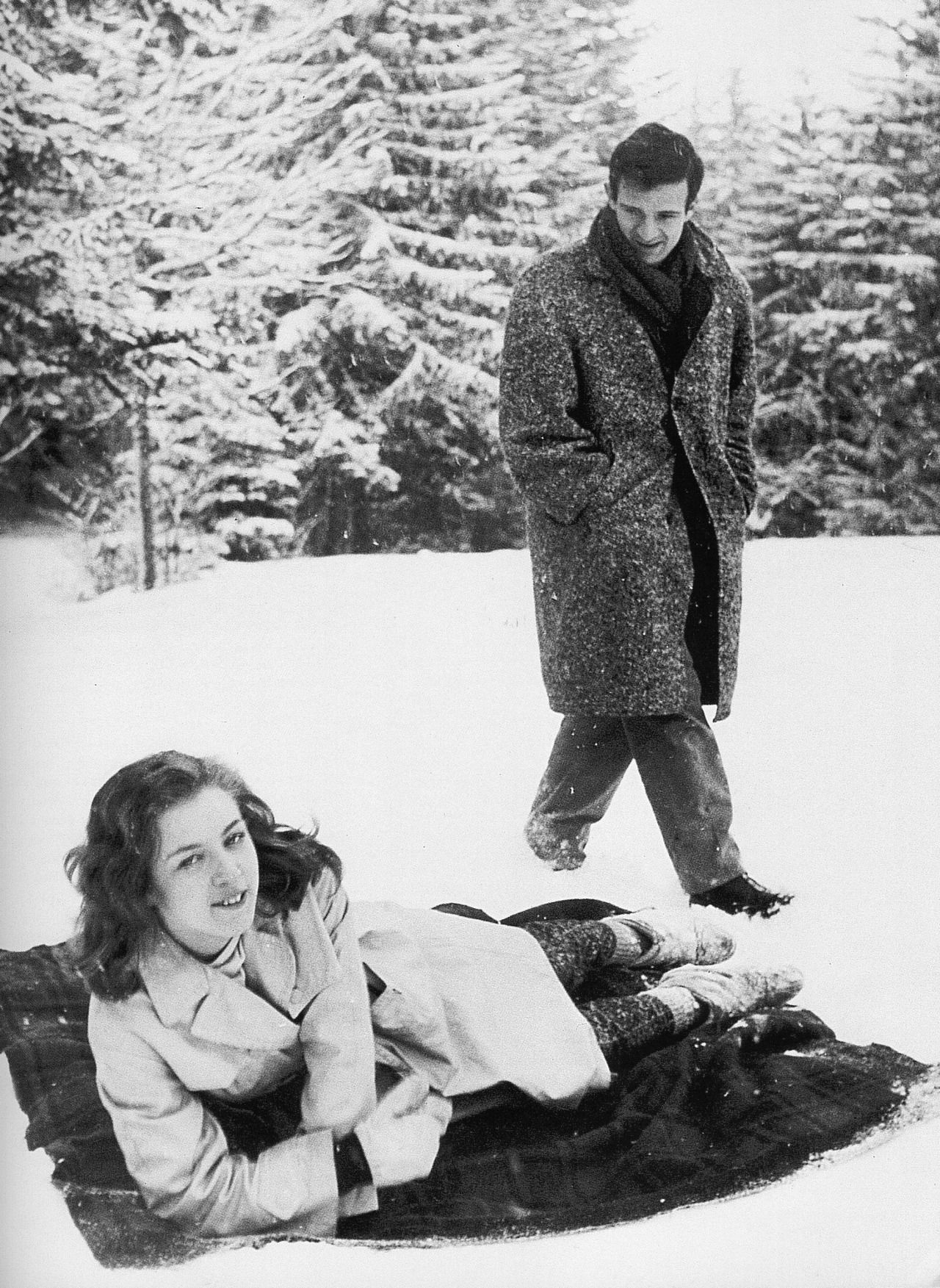 "gelsominas: "" Marie Dubois and François Truffaut photographed by Robert Lachenay during the filming of Tirez sur le pianiste, late 1959 or early 1960 """