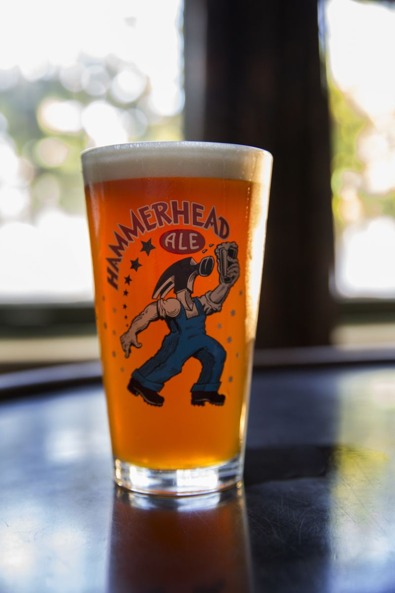 Hammerhead ale pint glass with images glass pint