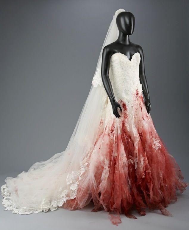 Bella Swan Nightmare Wedding Dress The Twilight Saga Breaking Dawn Part 1 Horror Wedding Halloween Wedding Dresses Zombie Wedding