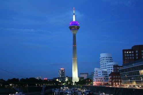Medienhafen bei Nacht Düsseldorf, Hafen, Nacht