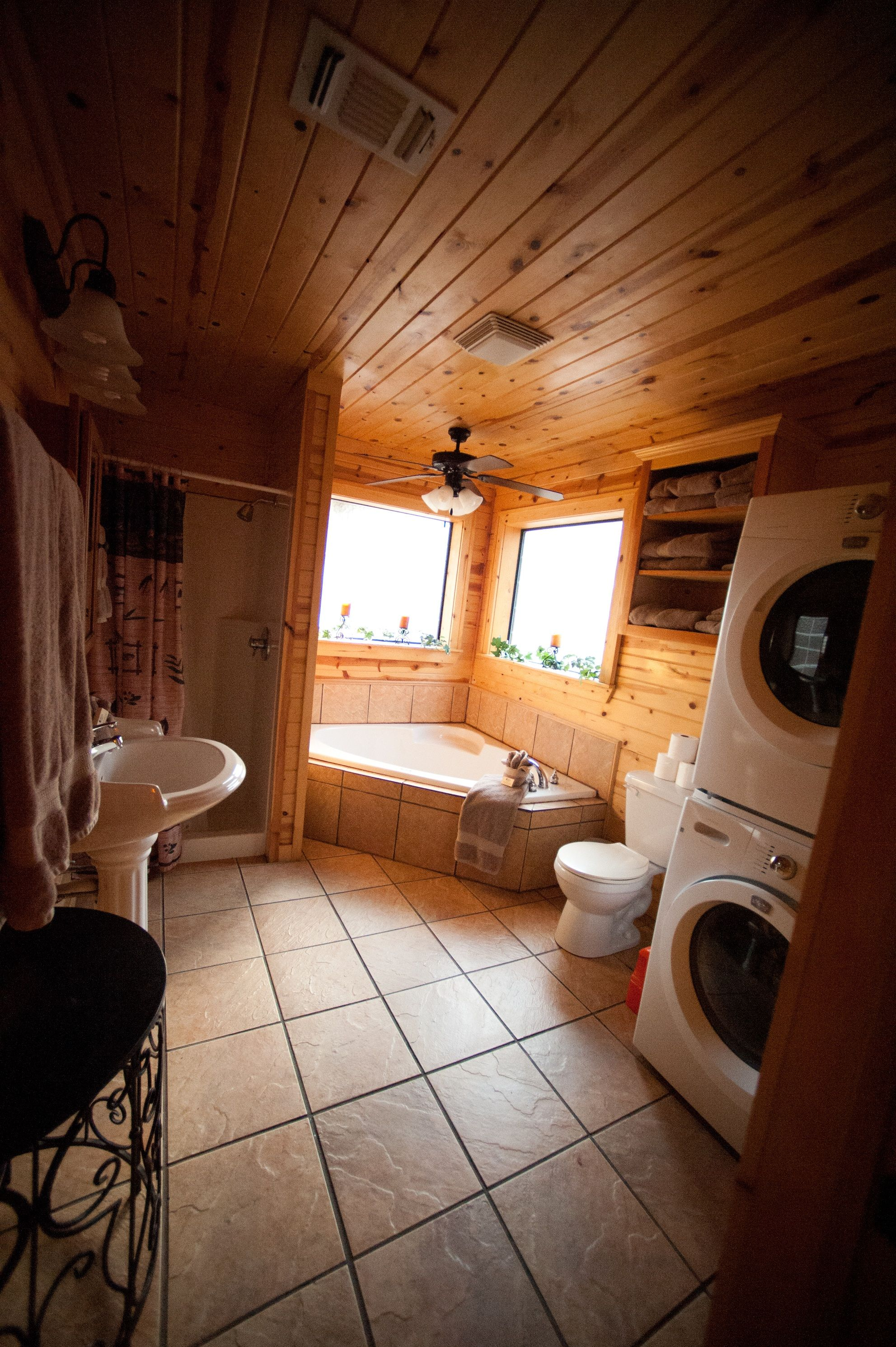 rental ca rentals accommodations cabin garden wild cabins cottage big jacuzzi rose bear with