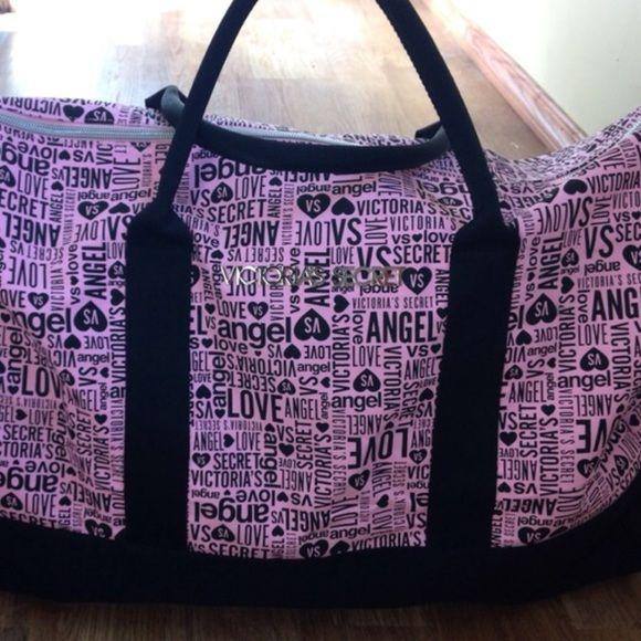 Victoria secret duffle bag Super cute vs duffle bag PINK Victoria's Secret Bags Travel Bags