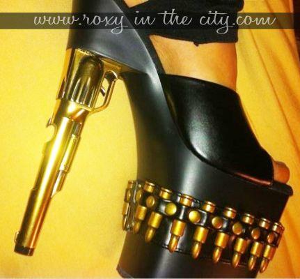0a0623511f9ba Exotic Pistol gun high heel shoes does it work i wonder