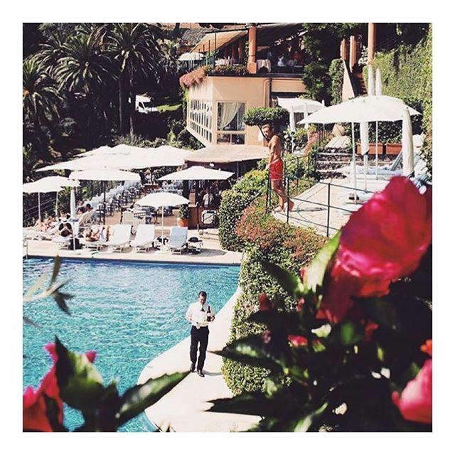 Monday Dreaming 💭⚓️💭⚓️💭⚓️💭⚓️💭 #dreaming #travel #inspo #Italy #vintagetravel #slimarons #europe #vacation @sommer.swim