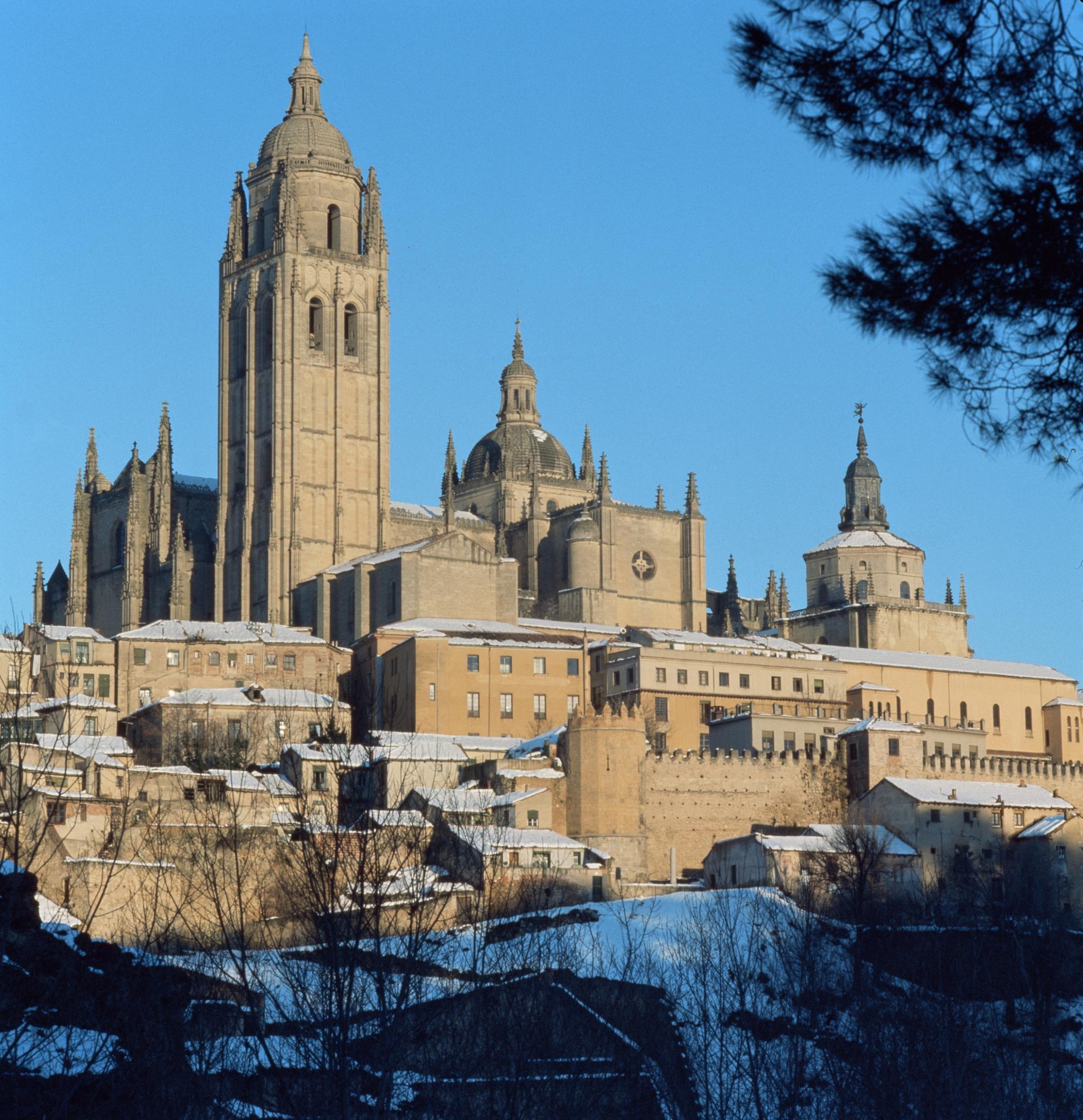Catedral. Segovia capital (Castilla-León) Fotógrafo: Desconocido / ICEX