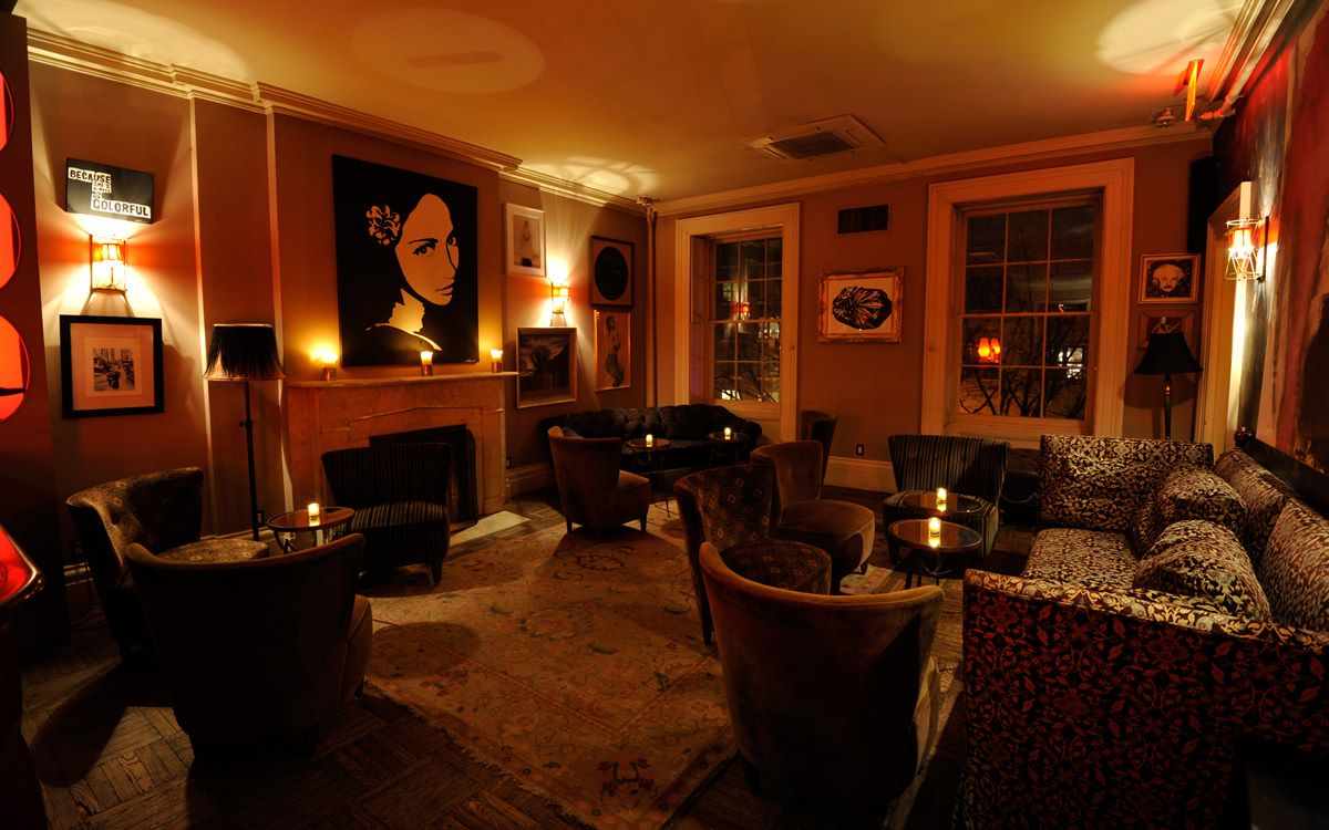 Norwood Club In New York I Would Love To Create This Vibe In My Living Room So Warm Private Club Home Home Decor