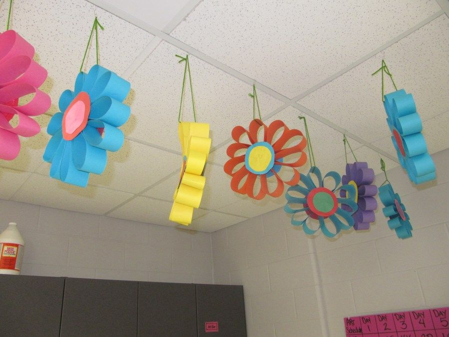 Img 2020 5 th grade paper flowers spring art pinterest for Art decoration for classroom