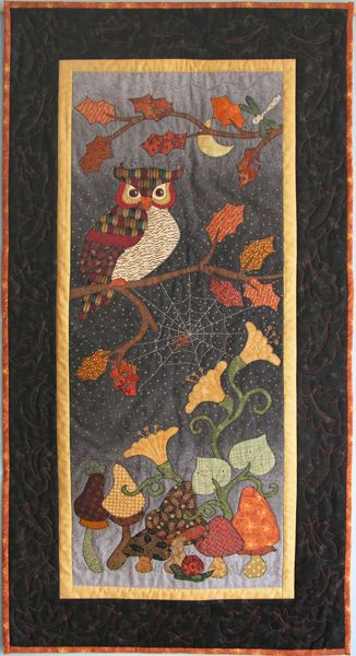 """Autumn Owl - wow. This is one gorgeous quilt this reminds me of the library our classrooms in our elementary school with the rug and the owl saying """"read"""" as a quilt hanging."""