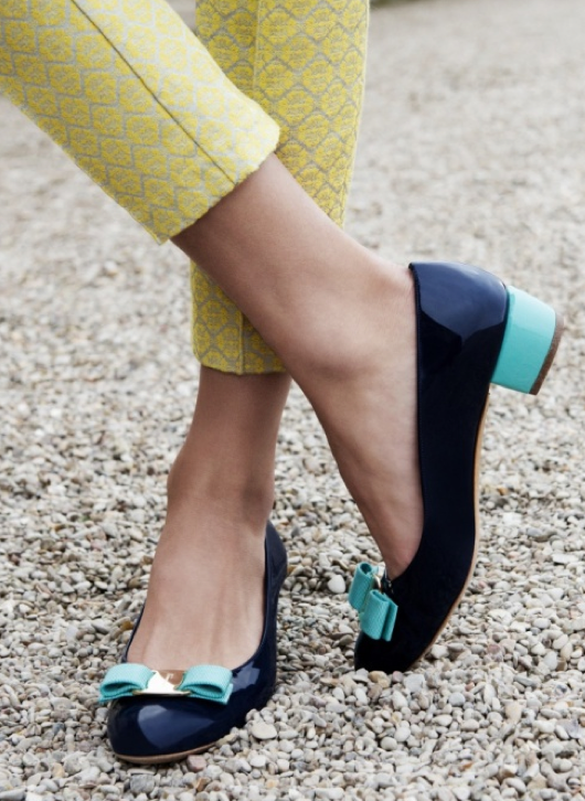 Gorgeous shoes!! I really Like these type of heels ! I wish I can find some in my size