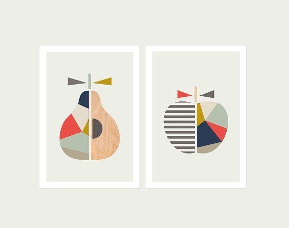 Impressions de poire d'Apple, Marine et Corail, Série de deux. Scandinave, Art géométrique, Impression de poire, impression d'apple, art moderne de pépinière, art d'Apple, pépinière d'Apple.