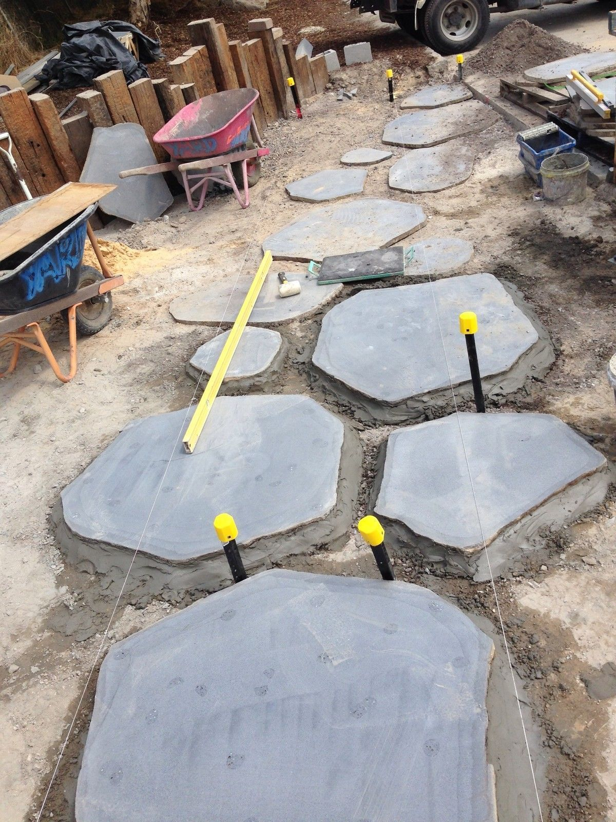 Details About Xl Bluestone Steps Stepping Stones Steppers Crazy Paving 900 1200mm 99 Crazy Paving Bluestone Paving Bluestone Pavers