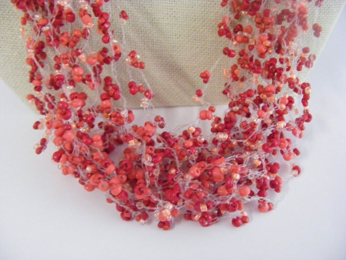 Photo of Multistrand Red Seedbeaded Halskette