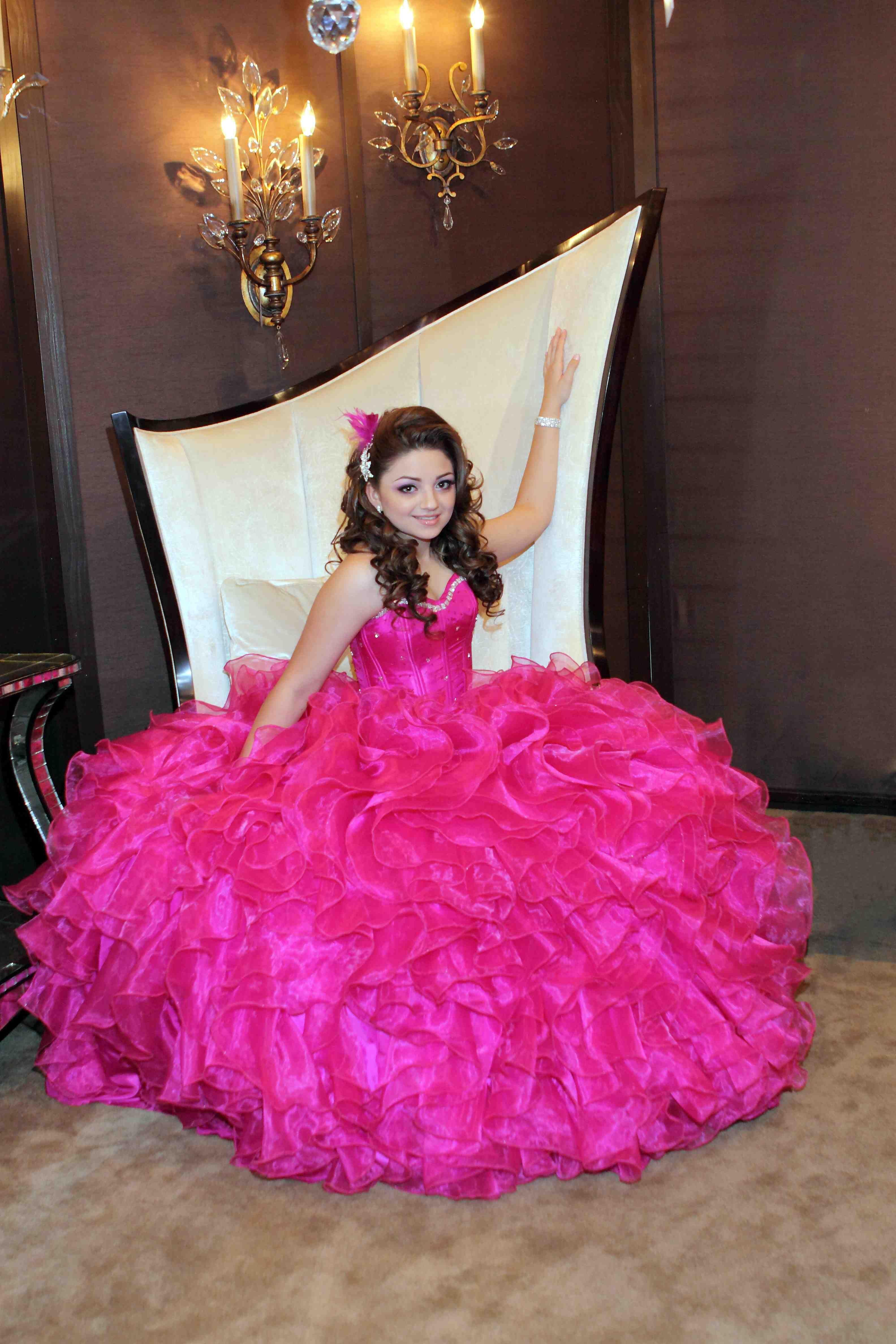 Fantástico Vestidos De Baile Dallas Ornamento - Colección de ...