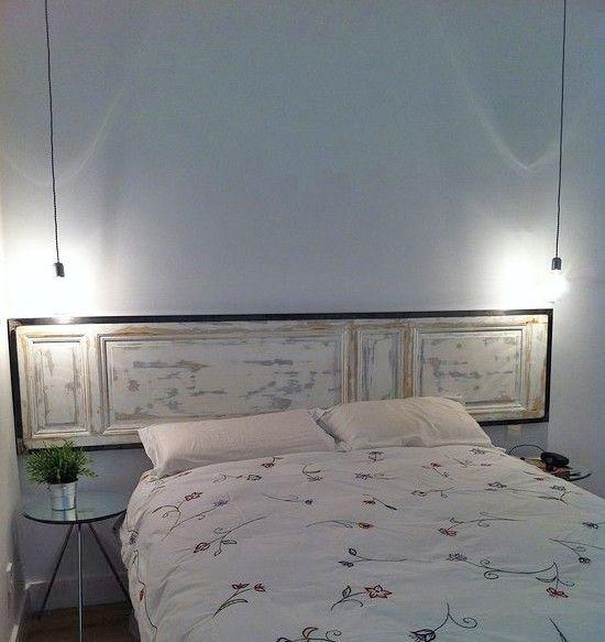 Realizzare una testata letto fai da te vecchia porta bianca design fai da te e foto - Testiere da letto ...