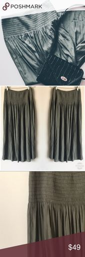 JJILL Polyester Green Boho Chic Maxi Skirt Beautiful maxi skirt elastic waist d