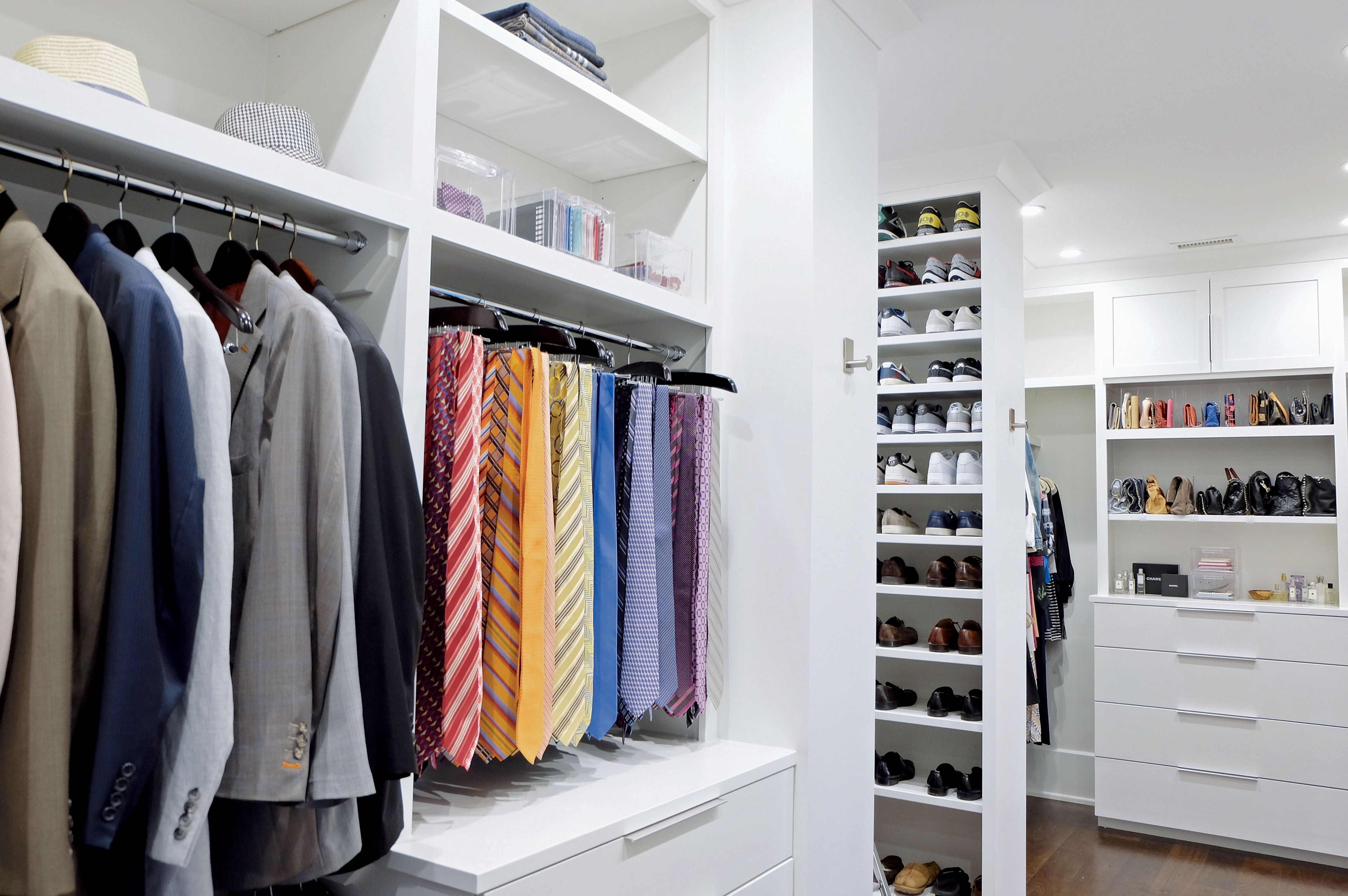 The Home Edit The First Rule Of Cleaning Your Closet Is