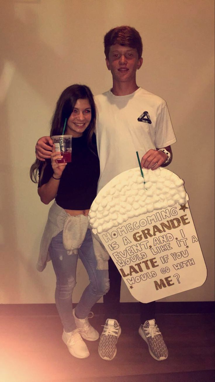 Homecoming Starbucks Proposal. So cute #homecomingproposalideas