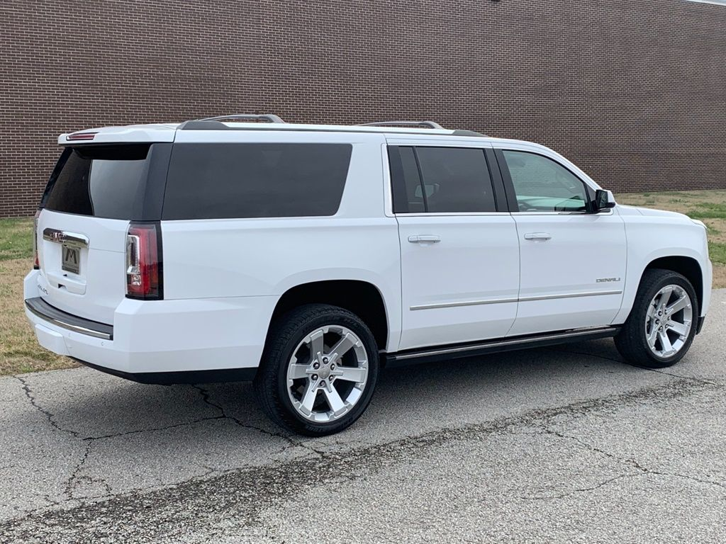 2017 GMC Yukon XL Denali Photo 13 Martin, TN 38237