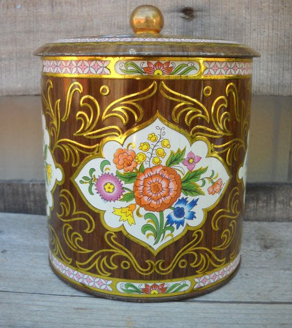 Daher Vintage Tin Canister with Lid Made in by tHEdUSTYvAULT, $9.00