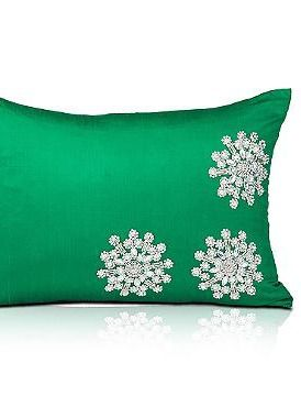 Vibrant, soft and festive, the Emerald Green Crystal Snowflake Pillow is sure to enliven your seating area just in time for Christmas.