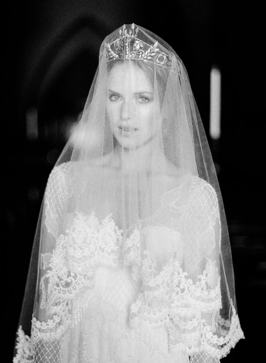 See Why Old World Glamour Is New Again | Veil, Wedding and Bridal ...