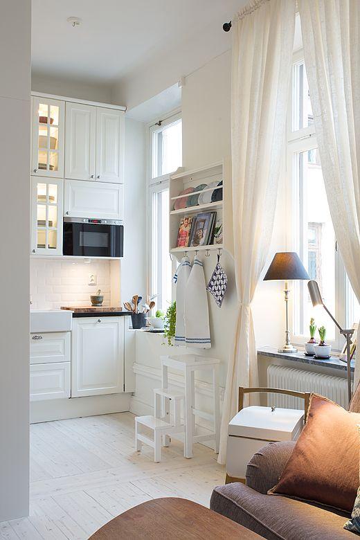 White ikea kitchen cosas que me encantan de la decoraci n del hogar cocinas pisos y - Decoracion pisos pequenos ikea ...