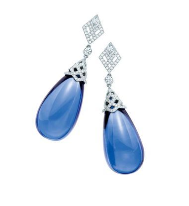 Tanzanite Jewellery Magical Colour Changing Gems Are The Perfect Investment Tiffany Arttiffany Jewelrytiffany