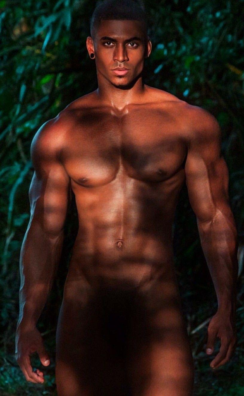 Muscled Daddy Yank Davis