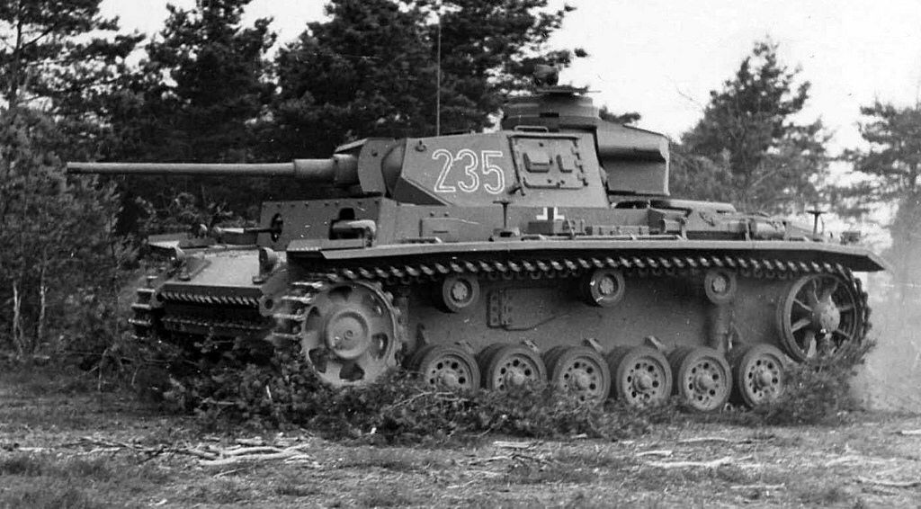 Panzer 3 Ausf L nr. 235 with the upgraded long barrel 50mm ...