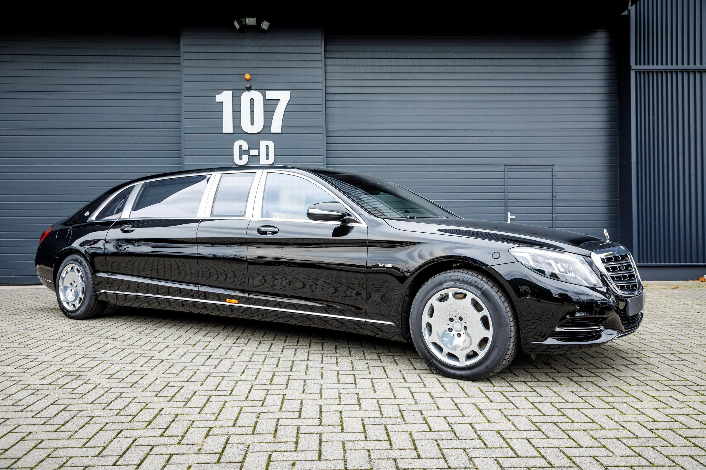 Car Nr 35358netto Export Price 697 480 Mercedes Maybach S 600 Pullmanext Special Maybach Color Baltic Blac Mercedes Maybach Maybach Mercedes Benz Maybach