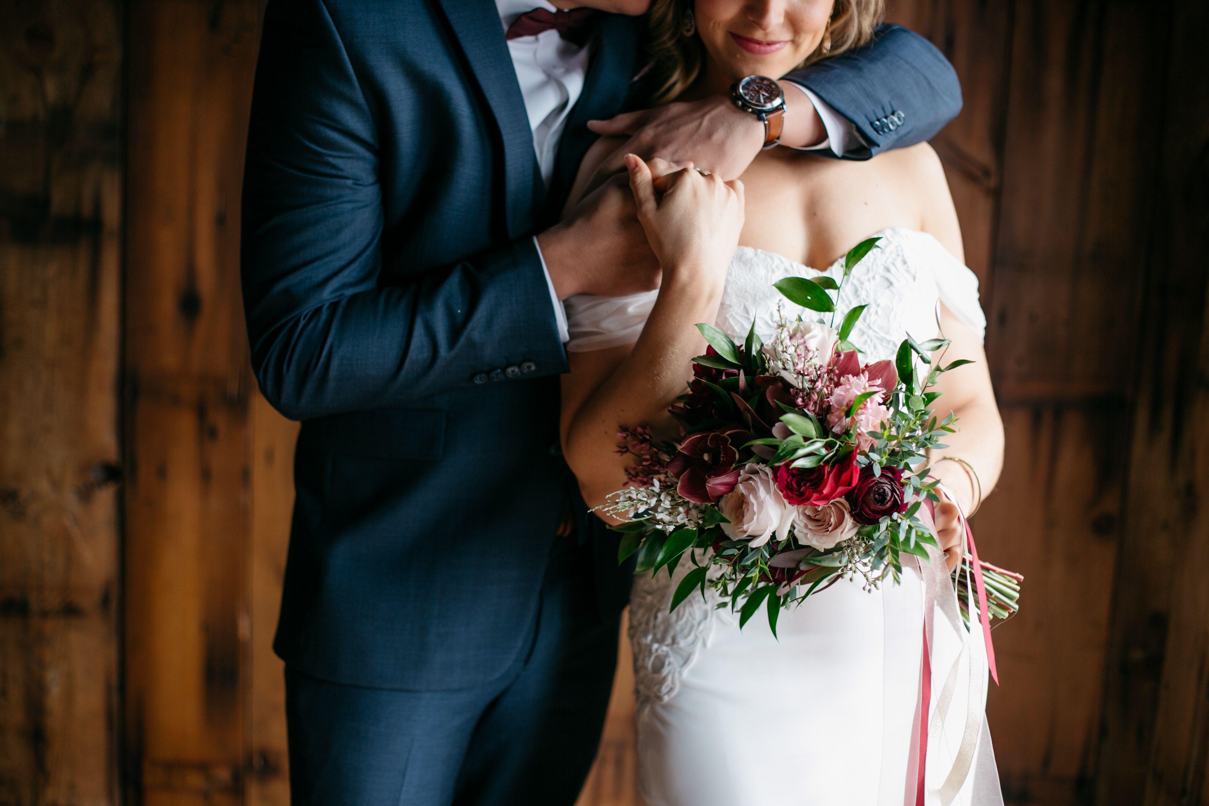 Alterations 5 stars near me Wedding dresses, Dresses