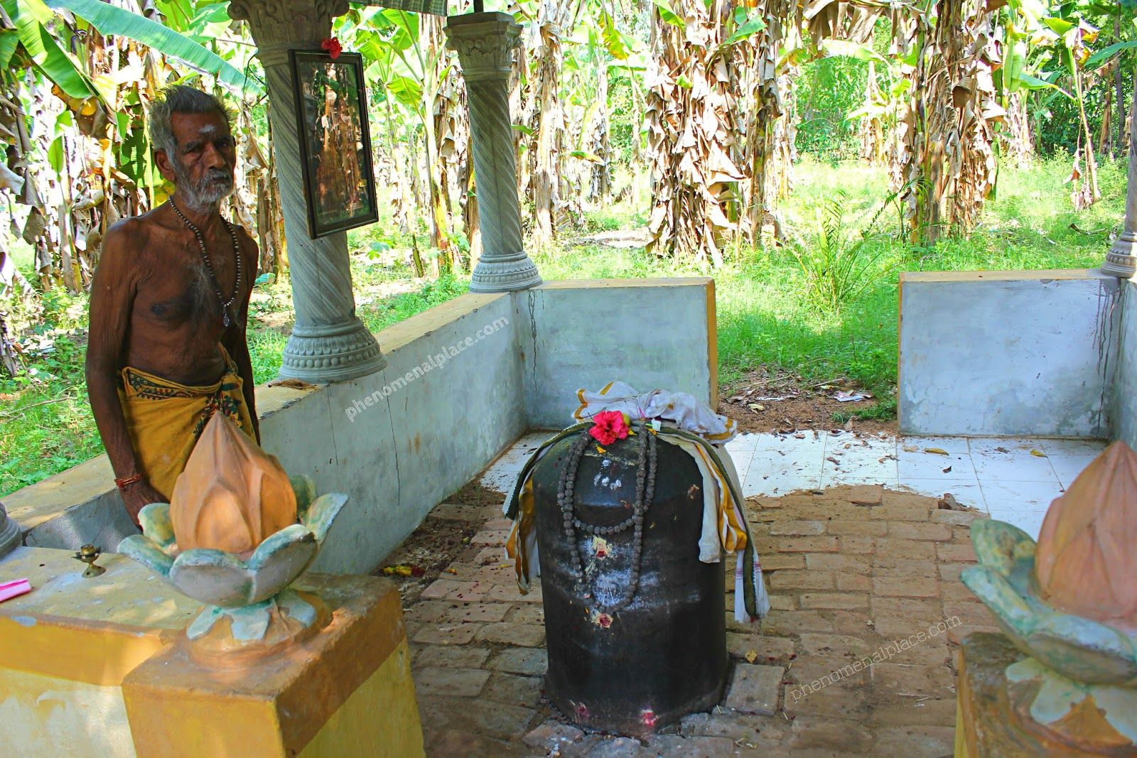 This is the purported grave of Indian King Raja Raja Chola