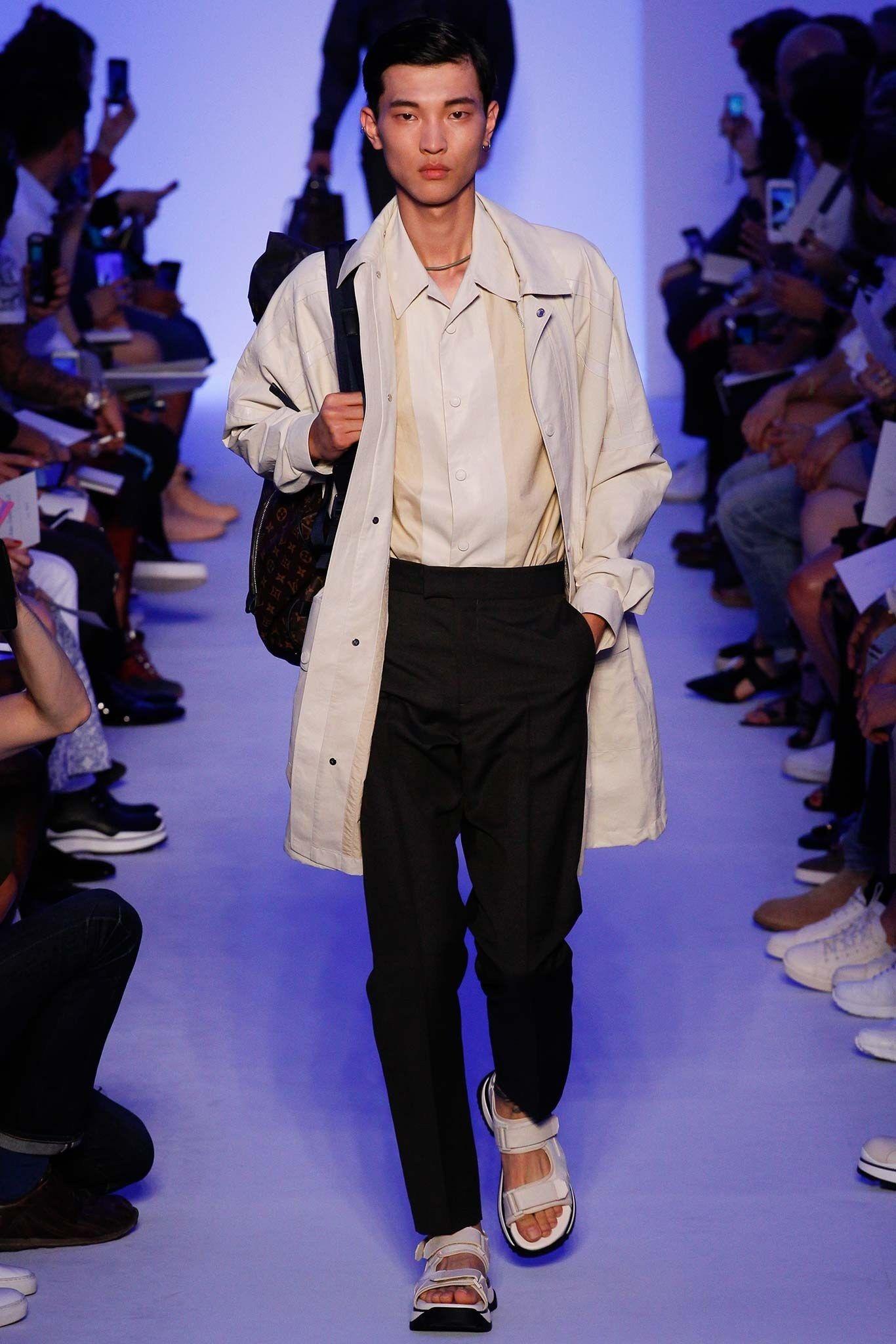 6309229d0b53d Louis Vuitton Spring 2016 Menswear Collection Photos - Vogue   style ...
