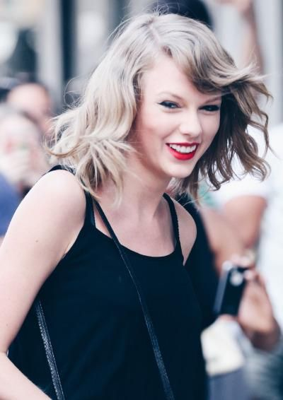We can see the difference, your smile for us is EVERYTHING. #TaylorForMMVA