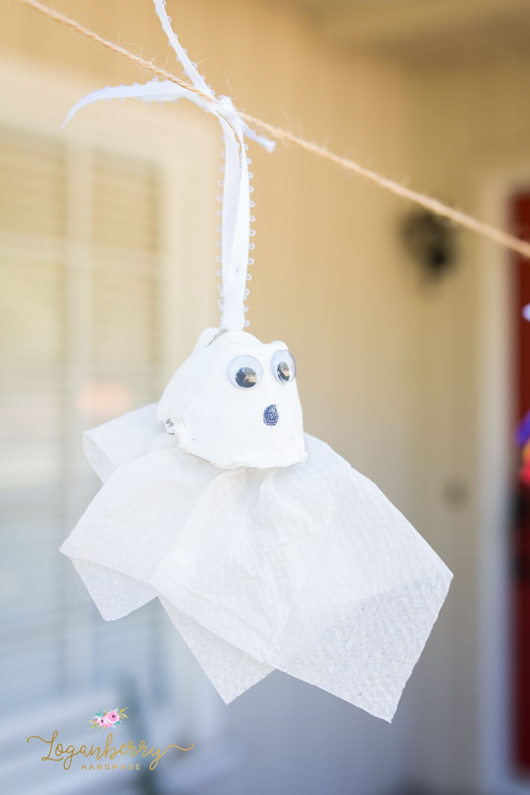 halloween egg carton crafts ghosts & spiders using egg carton