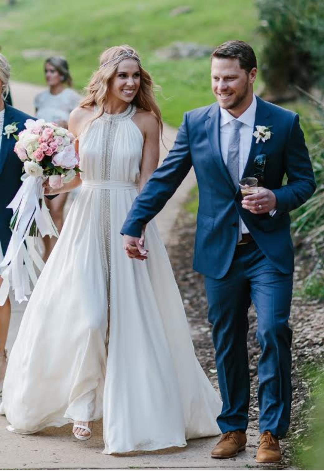 Stunning wedding gown by bo u luca stunning wedding gowns