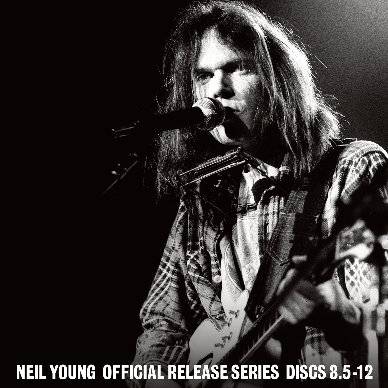 Neil Young Official Release Series Discs 8 5 12 Vinyl Box Set Amazon Com Music Neil Young Boxset Lp Vinyl