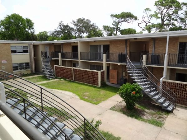 20 Unit Apartment Complex   For Sale By Owner ~ (Daytona Beach)