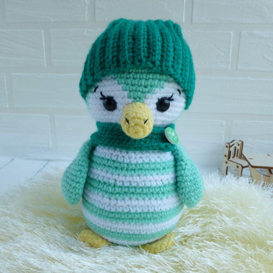 вязаный пингвин крючком в шапке с шарфиком купить зеленый пингвин