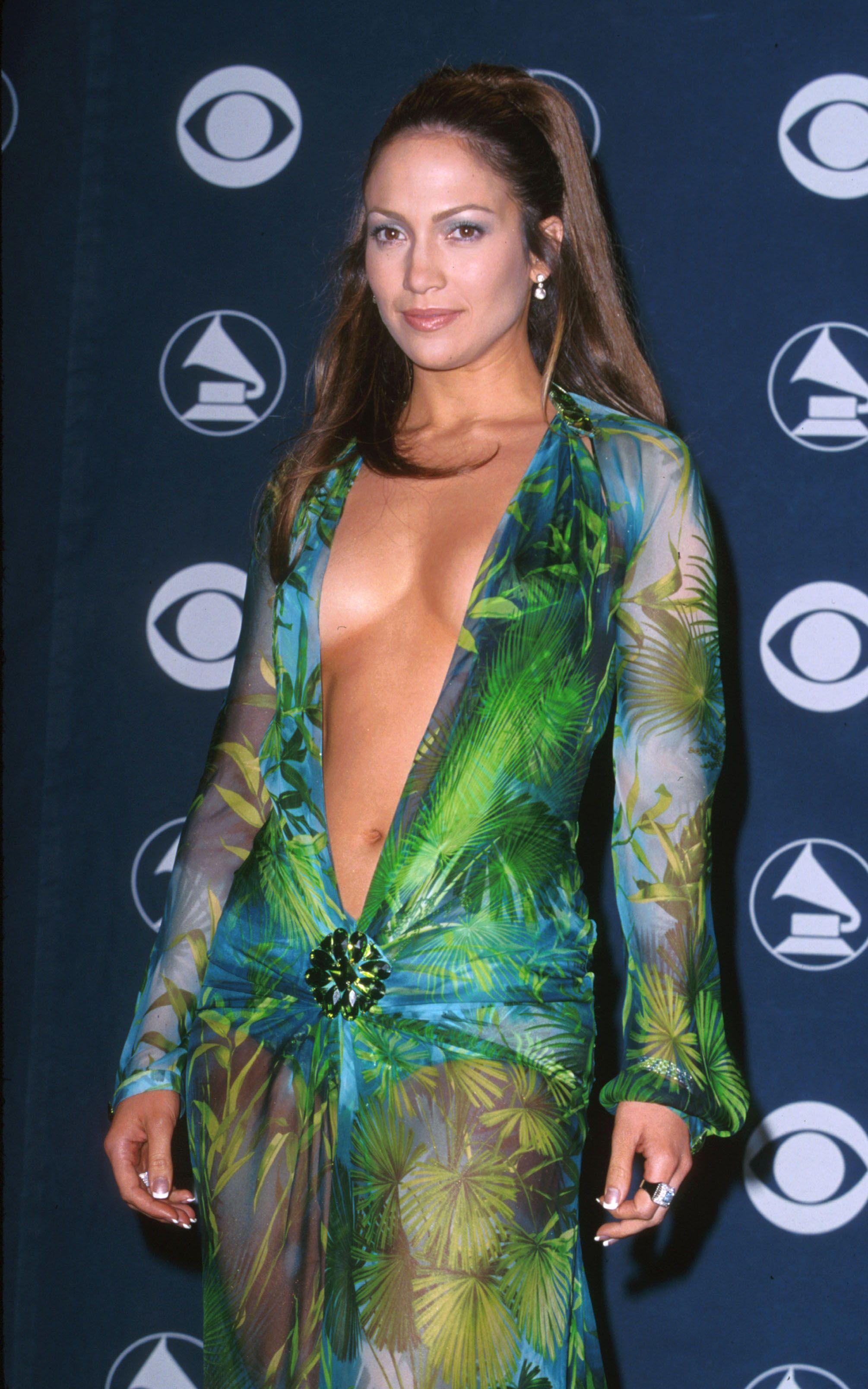 Jennifer Lopez Talks Fashion And Her Infamous 2000 Grammy Dress | Pinterest | Jennifer Lopez ...