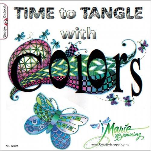 DESIGN ORIGINALS - CREATIVE COLORING 5362 - TIME TO TANGLE WITH COLORSKreativ fargeleggingsbok med 51 sider å hygge seg.- En kunst aktivitet som får deg til å både slappe av og til å inspirert.Kan fargelegges med markers (tusj), gel-penn, fargeblyant/stifter eller med vannfarger. Sidene er printet på kvalitetspapir på ekstra tykt papir.  DESIGN ORIGINALS-Time to Tangle with Colors. Zentangle is a relaxing and rewarding process that allows all ages to create artistic designs with repe...